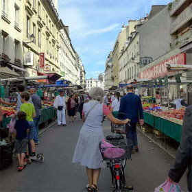 Paris markets: Aligre food Market