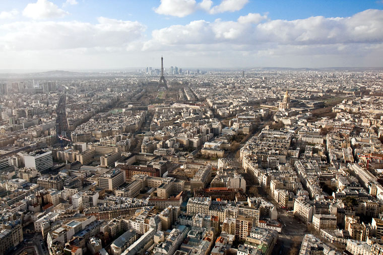 7 best paris views restaurants with view eiffel tower view. Black Bedroom Furniture Sets. Home Design Ideas