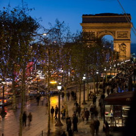 Champs Elysees in winter