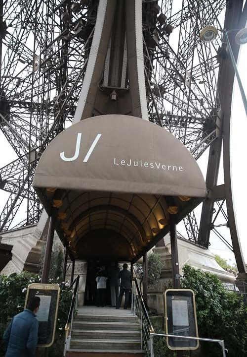 Jules Verne restaurant is a spectacular experience
