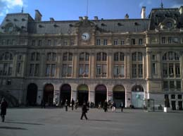 Gare Saint Lazare in Paris with trains to Versailles Rive Droite