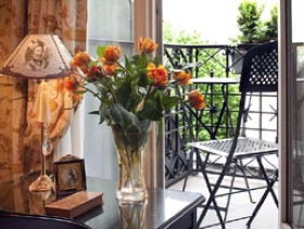 Top hotel in Paris: Hotel Residence Henri IV