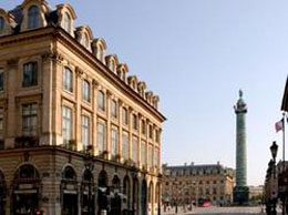 Hotel Vendome, a luxury hotel near Louvre Museum