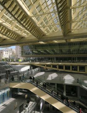 les halles district in paris forum des halles shopping mall. Black Bedroom Furniture Sets. Home Design Ideas