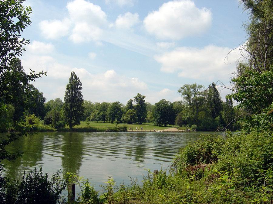 Bois de Boulogne, the largest Paris park ~ Bois De Boulogne Parc