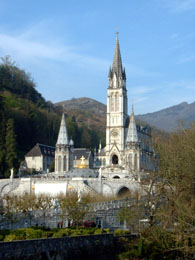 Catholic tour from Paris: Lourdes