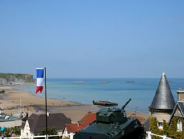 Normandy tours from Paris: Arromanches
