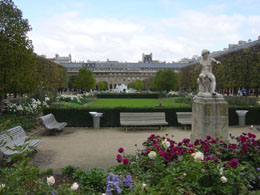 Choose the Palais Royal to Opera walking tour