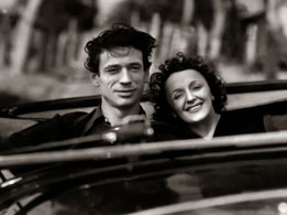 Edith Piaf sang the city in a romantic way