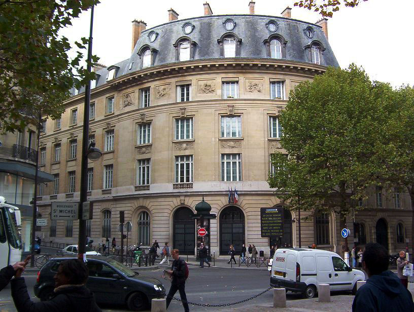 La sorbonne facts paris university history and facts for Hotel sorbonne paris