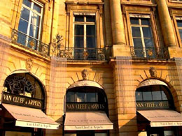 Jewellers in Paris. Van Cleef & Arpels, 24 Place Vendome