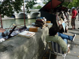 Bouquinistes on Seine River left bank quays