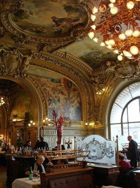 Decoration Restaurant Le Train Bleu