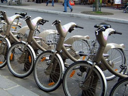 Paris transport: Velib bicycles